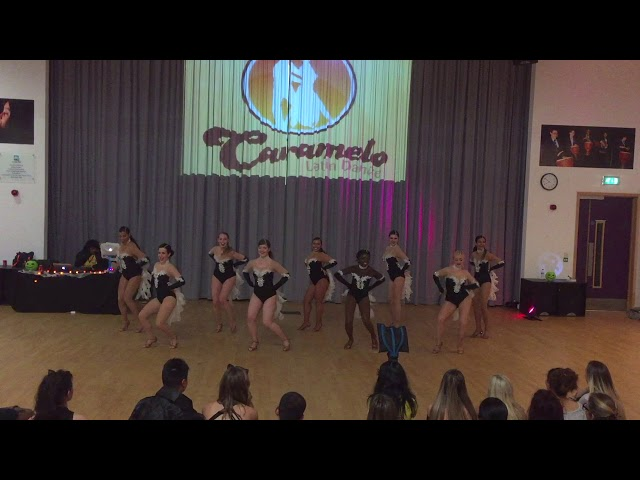 Caramelo Salsa Ladies Styling Student Team 28102017