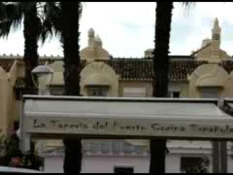 Benalmádena Puerto Deportivo. Calle la Fragata Video