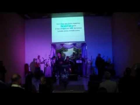 Isaías Barros canta Lavado Estou em Utinga