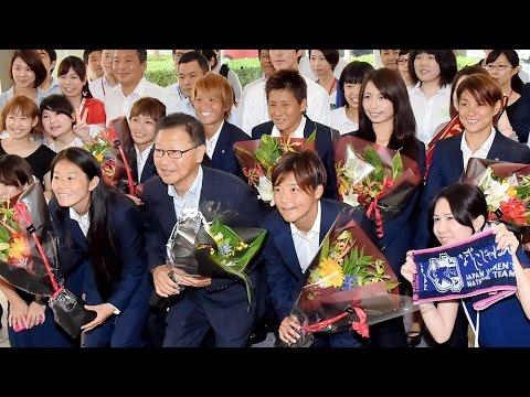 INAC神戸のW杯出場7選手が神戸新聞社に来社