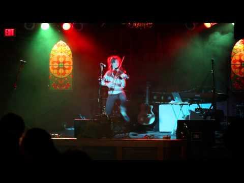 Break Your Heart/Tick Tock - Lindsey Stirling (Live Performance)