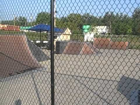 8-5-11 H Adrian, Michigan Outdoor Skatepark USA Skateboards Bikes
