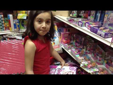 ВЛОГ: Поход в детский магазин за детской косметикой и Не много ШОПИНГА #шопинг