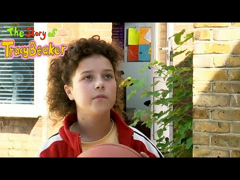 The Story of Tracy Beaker - Series 1 - Episode 3 - Child of the Week / The Truth