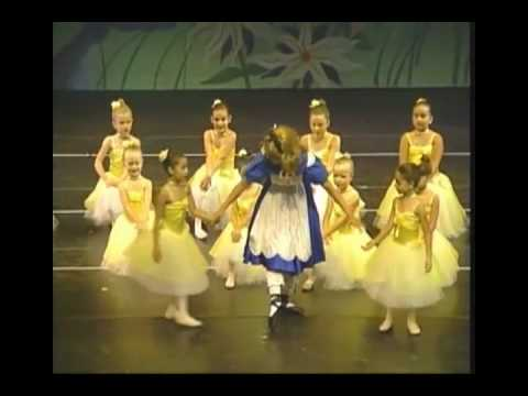 2009-06-28 Anna, Dance show, Alice in Wonderland