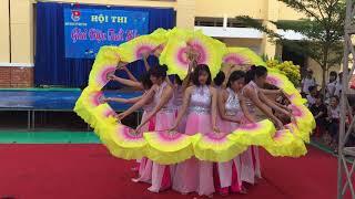 Video 11A2 múa cô ơi 20/11😍 trường thpt BÌNH THẠNH MP3, 3GP, MP4, WEBM, AVI, FLV September 2019