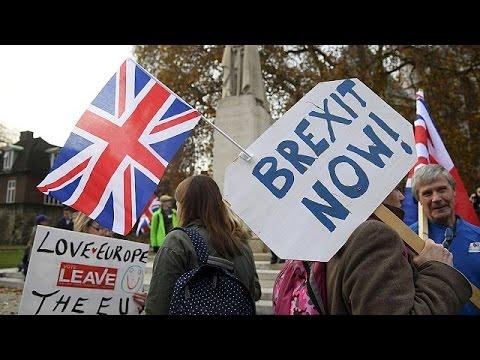 Συμφωνία για το Brexit μέχρι τον Οκτώβριο του 2018 επιδιώκει ο Μισέλ Μπαρνιέ