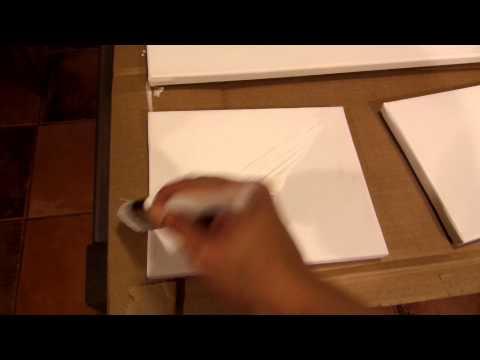 aplicar gesso - En este tutorial aprenderas a aplicar gesso a un canvas o lienzo. El proposito principal de una aplicación de gesso o imprimación es aumentar la vida de una ...