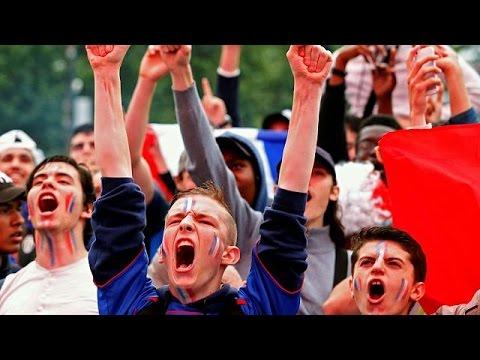 Ξέφρενο πάρτι σε όλη τη Γαλλία μετά τη νίκη επί της Ισλανδίας