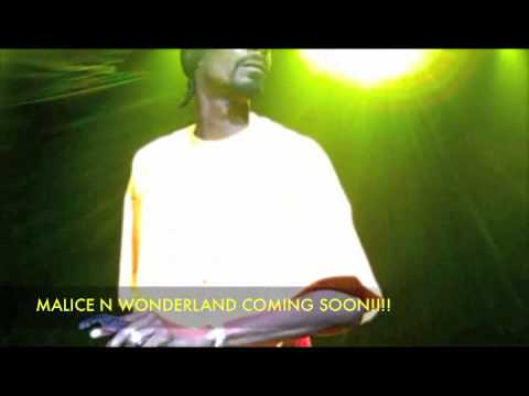 "Kurupt ""We Can Freak"" &  Snoop Dogg ""Ay Ay Ay"" - Halifax, Nova Scotia, Canada 9/13/2009"