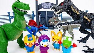 Video Kung Fu Race Of The Dinosaurs~! Run Dino Run - ToyMart TV MP3, 3GP, MP4, WEBM, AVI, FLV Januari 2019