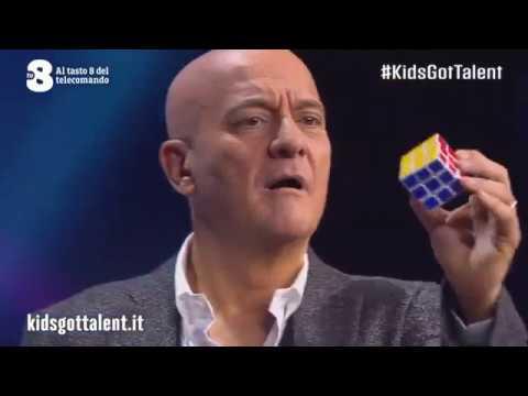 Kid's Got Talent - nhà vô địch thế giới Rubik