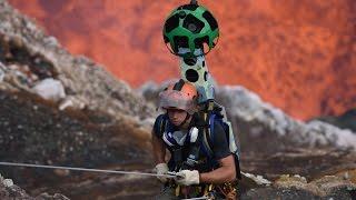 Un trekker si è calato per 400 metri in un cratere attivo del vulcano Vanuatu, nel Pacifico meridionale. Chiunque, comodamente in...