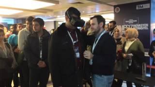 Experiencing son wingsuit flying simulation during Turkey Innovation Week 2015 :  )///////Türkiye İnovasyon Haftası (2015) standlarından sanal gerçeklik (VR) gözlüğü kullanımı çok popülerdi. Ben de bir stantta wingsuit uçuşu simulasyonunu deneme şansı elde ettim :  )