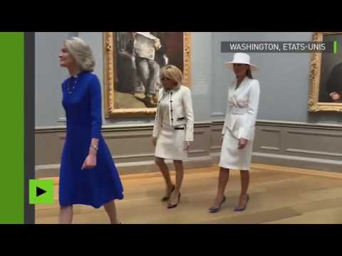 Brigitte Macron et Melania Trump visitent une exposition à la National Gallery of Art