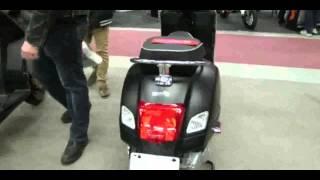 3. 2013 Vespa GTS 300 EFI Super Sport SE Scooter