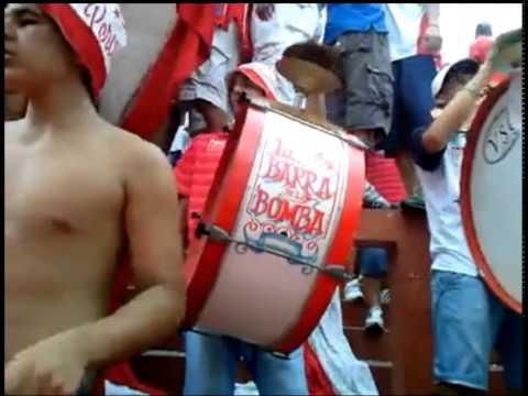 EL ROJO Y EL BLANCO ME VUELA LA MENTE!!!!! - La Barra de la Bomba - Unión de Santa Fe - Argentina - América del Sur
