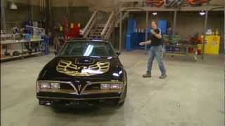 Video Stacy David drives 1977 Bandit Pontiac Trans Am Burt Reynolds Ed. on GearZ (HD) MP3, 3GP, MP4, WEBM, AVI, FLV Oktober 2018