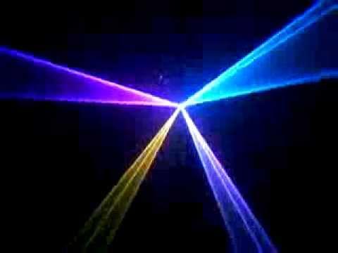 Đèn laser với công suất phù hợp cho phòng bar mini giá hấp dẫn