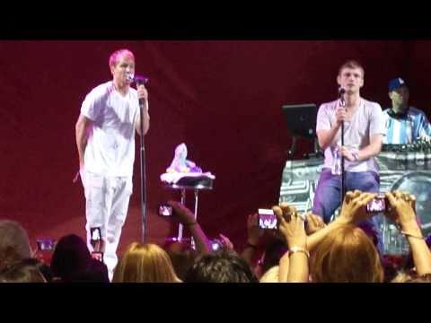 Backstreet Boys - Luna Park 2011 - Soundcheck (видео)