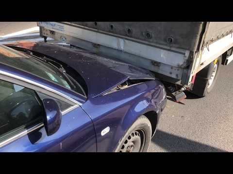 Wideo1: Zderzenie trzech aut w miejscowości Długie Stare