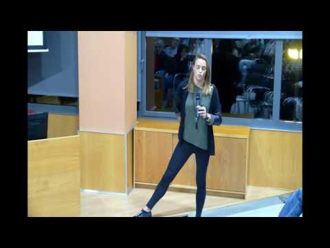 Jornada de l'esport aquàtic: NATACIÓ I SALUT: Jennifer Pareja