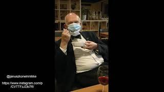 Janusz Korwin-Mikke prezentuje jak jeść i pić w restauracji nie ściągając maseczki!!