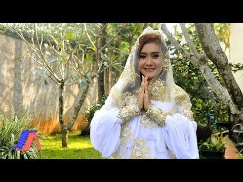 Download Lagu Cita Citata - Kehidupan Ini Memilihku  ( Official Lyric Video ) Music Video