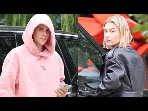 Justin Bieber And Hailey Baldwin Drop By Scooter Braun's For A Holiday Visit