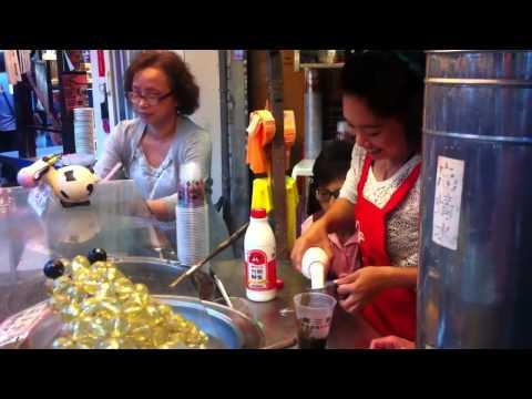 ชาไข่มุก - ภายใน 1 นาที..ชานมไข่มุกร้านนี้ขายได้กี่แก้ว ? ลองนับจับเวลาดูครับ By..osaka milk tea.