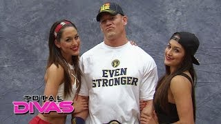 Nonton The Bella Twins meet the WWE Universe at Comic-Con: Total Divas, March 16, 2014 Film Subtitle Indonesia Streaming Movie Download