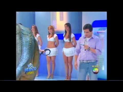Bailarinas do SBT dançando Kuduro do Latino e participações no programa do Ratinho 09/2011