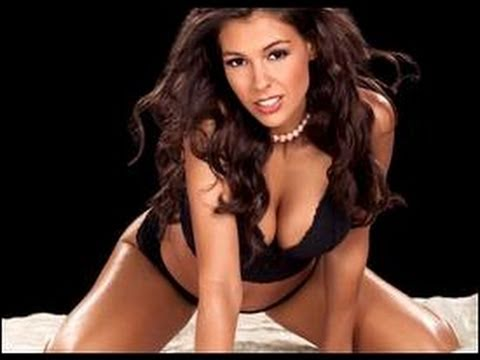 0 Need a Date? Former WWE Diva Joy Giovanni Tells You How