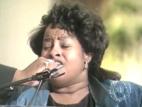 DR. MATTIE MOSS CLARK SINGS WITH TWINKIE! ENJOY! PT.1 Elder JK Rodgers