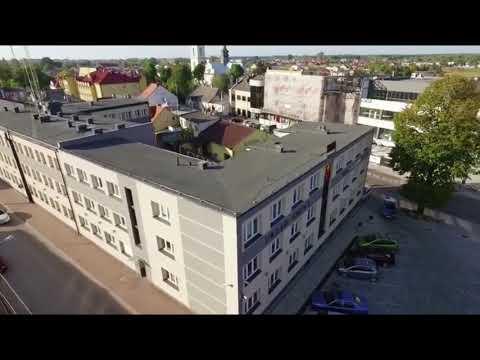 Włoszczowa z lotu ptaka. Film Świech Studio.www.swiechstudio.pl . Piękne ujęcia,dawne ale piękne