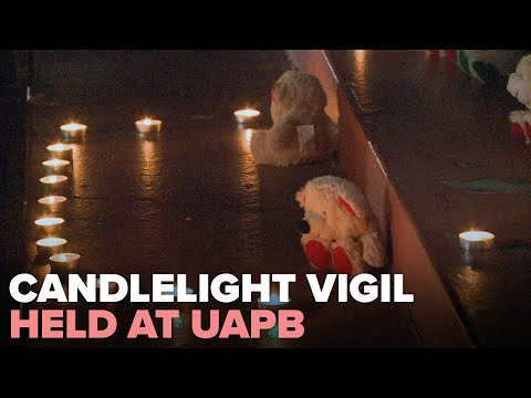 Candlelight vigil held at UAPB for two students lost in traffic accident