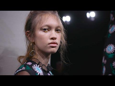 Markus Lupfer AW16 at London Fashion Week видео