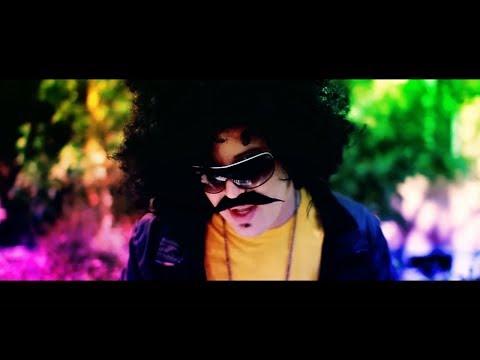 Tekst piosenki Dj Disco  - Szalona ruda  feat. Mc Polo po polsku