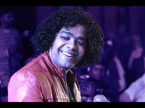 Kadhal Konjam Song - Live Performance By Naresh Iyer | #goldsmth