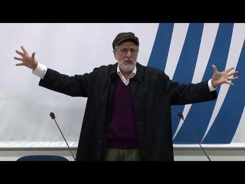 """Apresentação do monólogo """"Marx baixou em mim - uma comédia indignada"""" - 11ª Jornada Brasil Inteligente"""