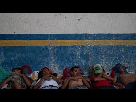 Mexikanische Regierung bietet Tausenden Menschen in der Migranten-Karawane Asyl an