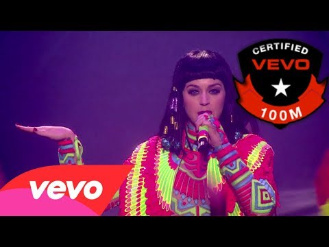 "Katy Perry ""Dark Horse"" Egyptian Music Video Preview #VEVOCertified Pt. 5: Award Presentation"