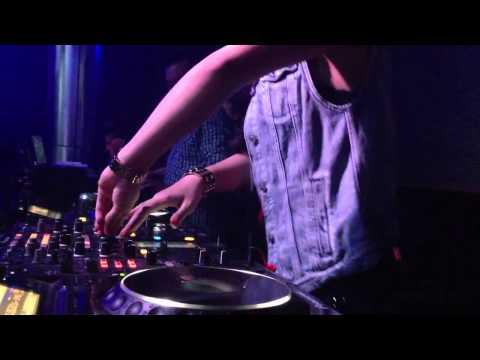 DJ Tít quẩy lửa tại MDM Club Hải Phòng