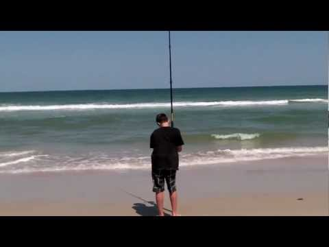 SHORE FISHING - Follow us on instagram: @jonathanboston_16 like us on facebook: http://www.facebook.com/fishingforfood1 In this episode, I show you the tackle, techniques, a...