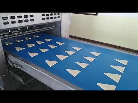 Croissant production line.mp4