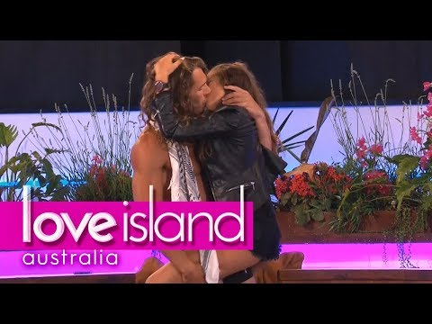 Boys Treat The Girls To A Sexy Strip Tease | Love Island Australia 2018