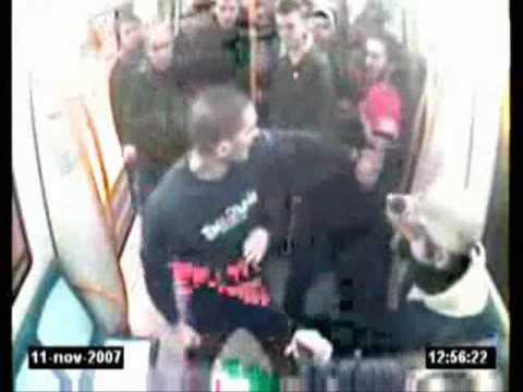 Video del Asesinato de Carlos Palomino en el Metro de Madrid