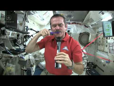 How to brush your teeth in space?