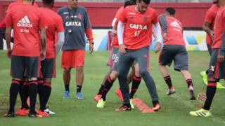 O resumo dos trabalhos desta quinta (11) do elenco rubro-negro. --------------- Seja sócio-torcedor do Flamengo: http://bit.ly/1QtIgYl --------------- Inscre...