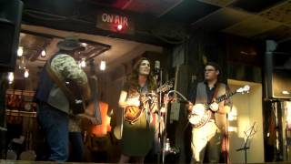 Trinity River Band at Elmers General Store 8 12 2016